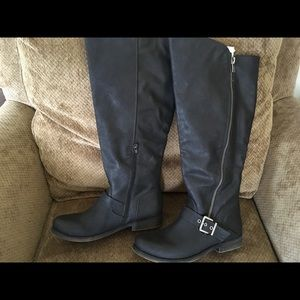 Carlos Santana black vegan OTK riding boot!